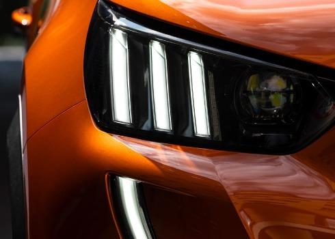 Peugeot-Outline11
